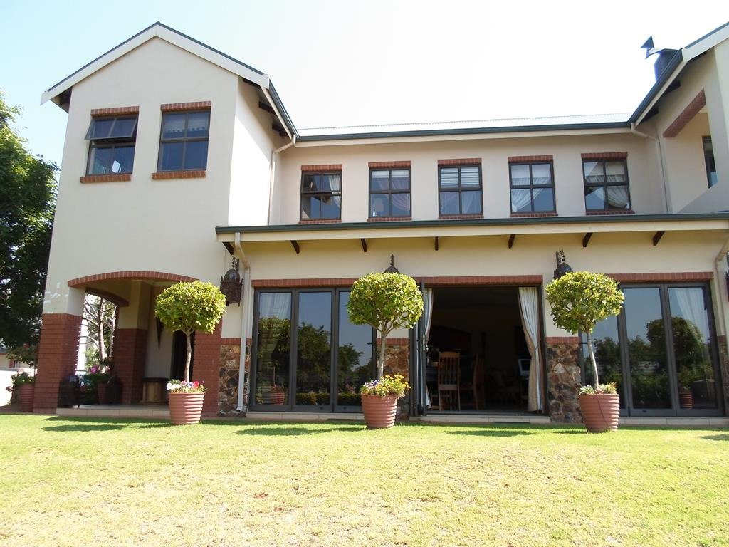 Centurion, Southdowns Estate Property  | Houses For Sale Southdowns Estate, Southdowns Estate, House 4 bedrooms property for sale Price:5,950,000