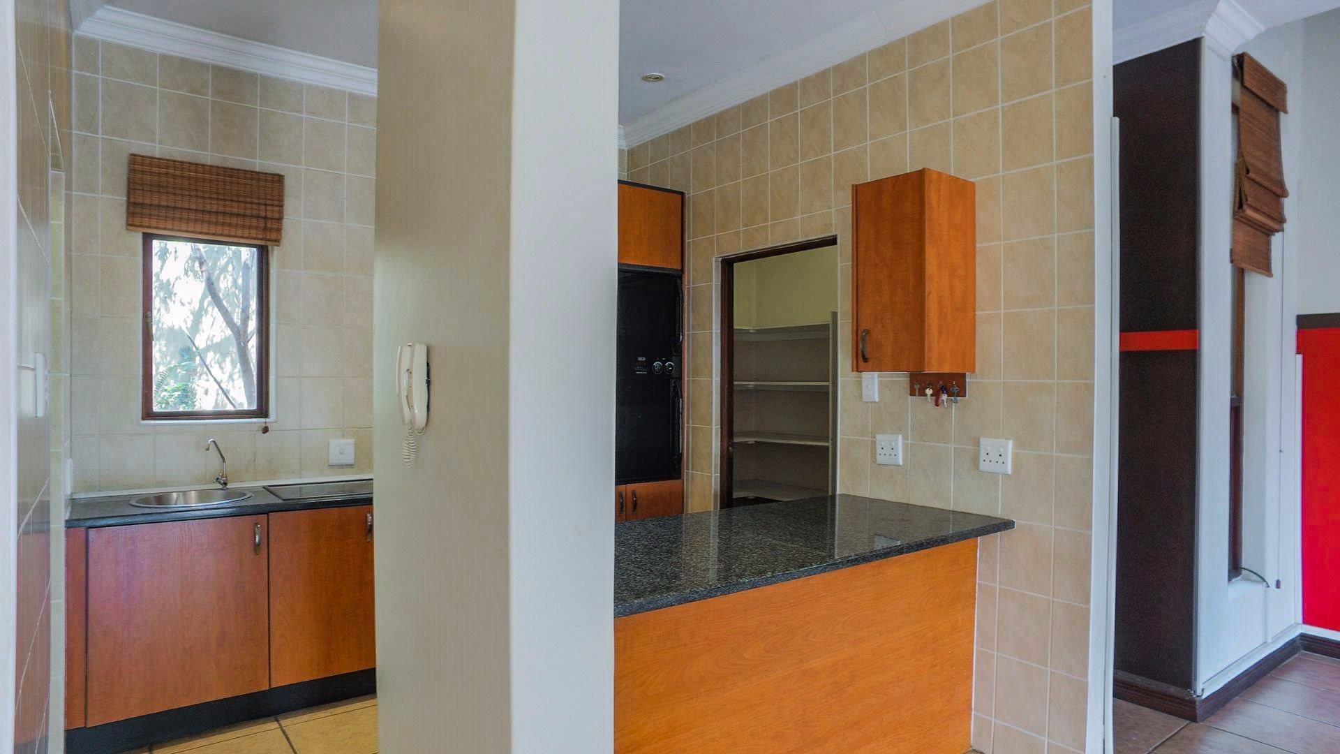Irene View Estate property for sale. Ref No: 13519995. Picture no 16