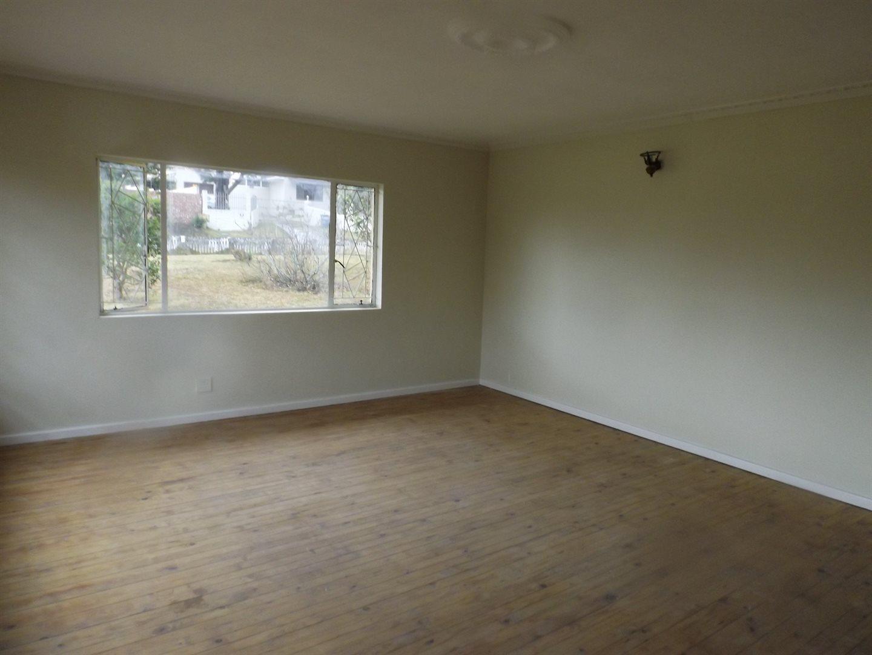Cambridge West property for sale. Ref No: 13520950. Picture no 6
