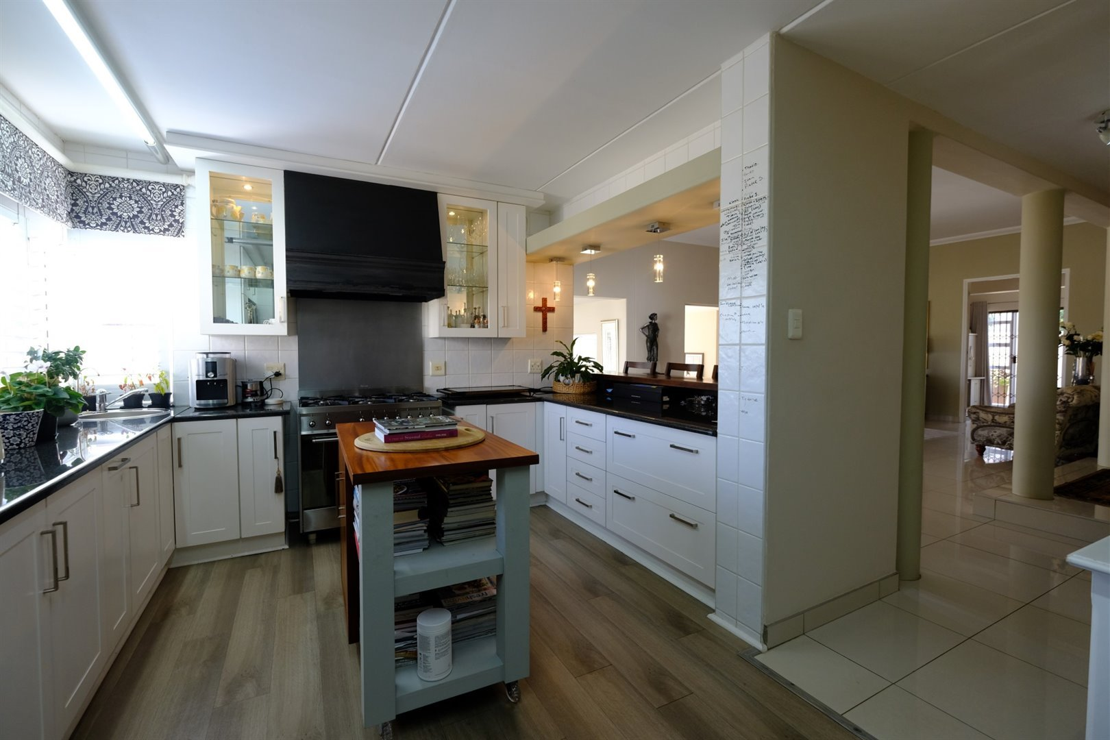 Three Rivers East property for sale. Ref No: 13378538. Picture no 8