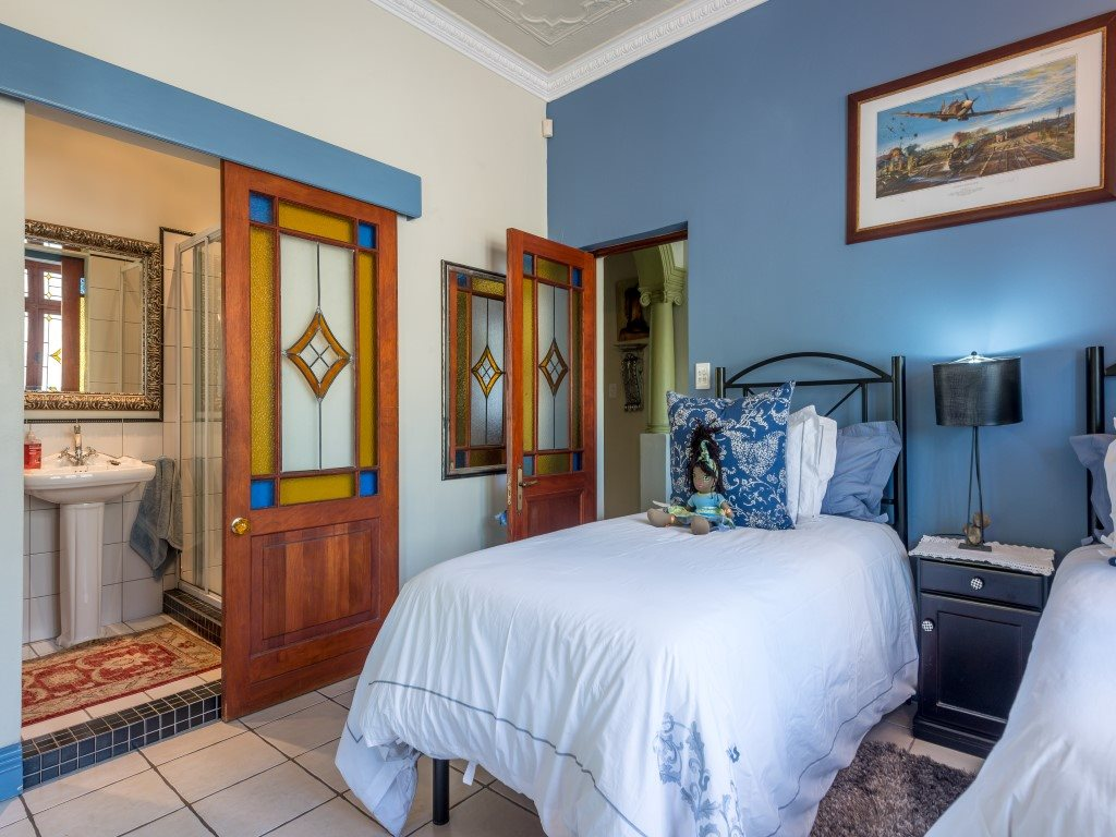 Franschhoek property for sale. Ref No: 13327931. Picture no 13