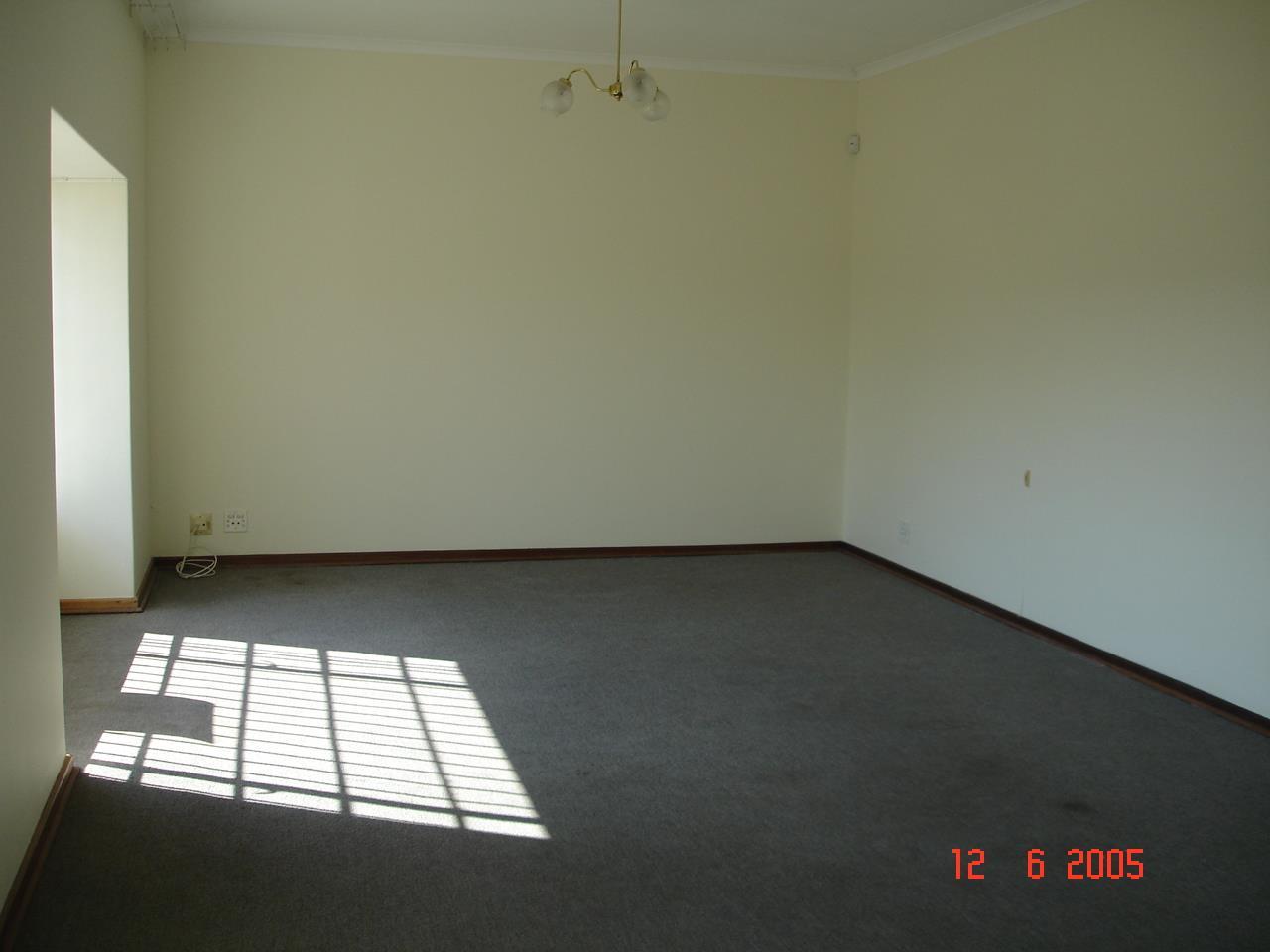 Glenvista property for sale. Ref No: 13525347. Picture no 11