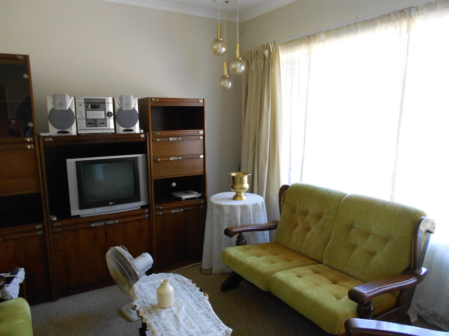 Rooihuiskraal property for sale. Ref No: 13572771. Picture no 4