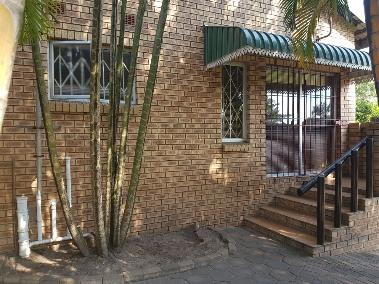 Birdswood property to rent. Ref No: 13480095. Picture no 5