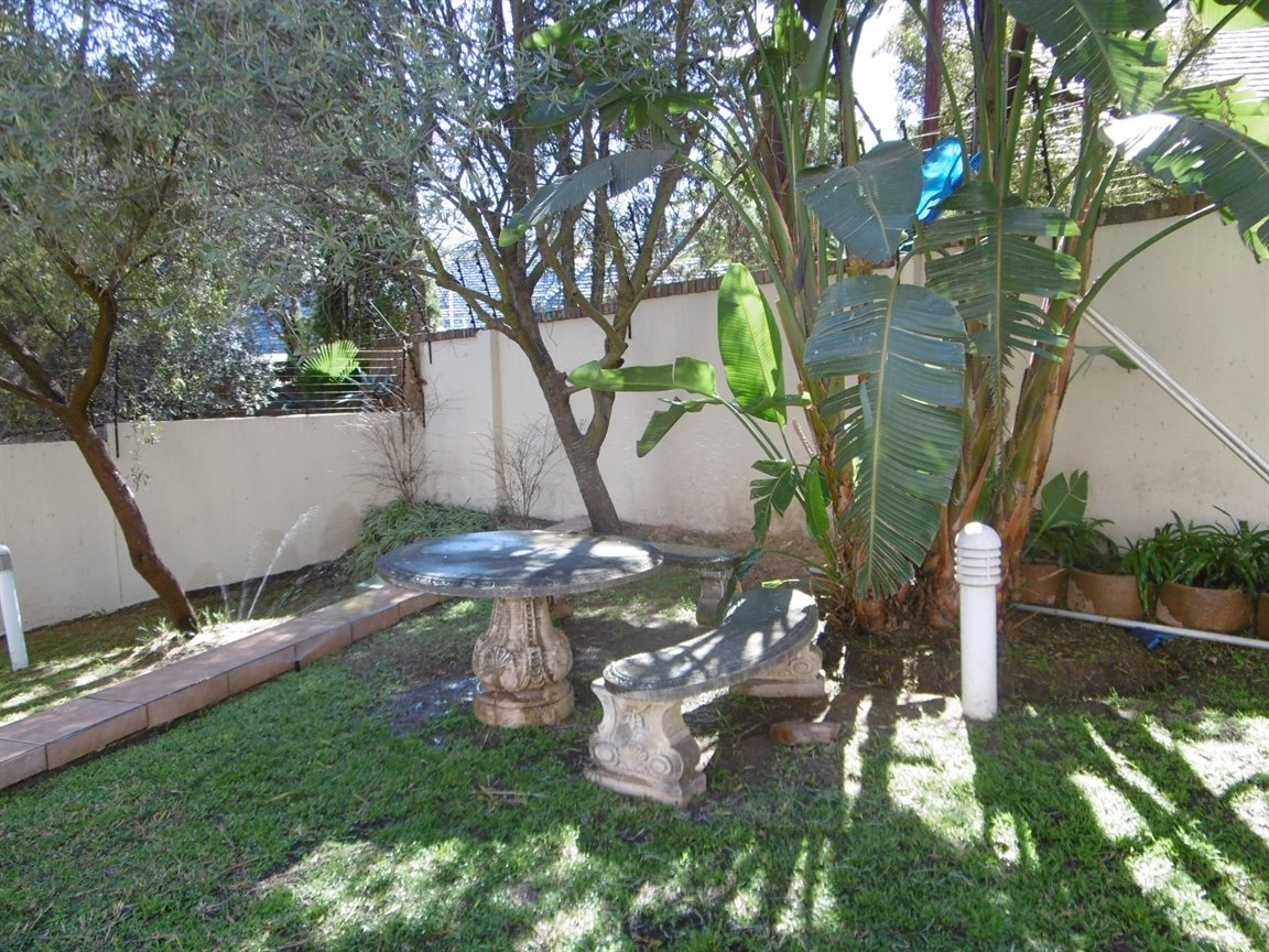 Bryanston property to rent. Ref No: 13372101. Picture no 4