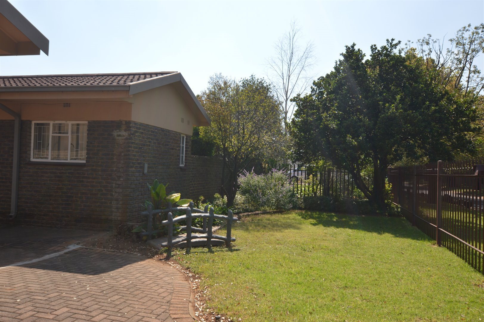 Vanderbijlpark Se 2 property for sale. Ref No: 13623209. Picture no 39