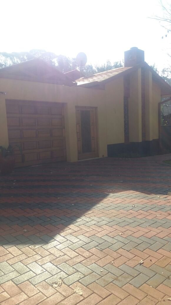 Property Roodepoort : Houses For Sale Roodepoort (All), Florida North, House 3 bedrooms property for sale Price:POA