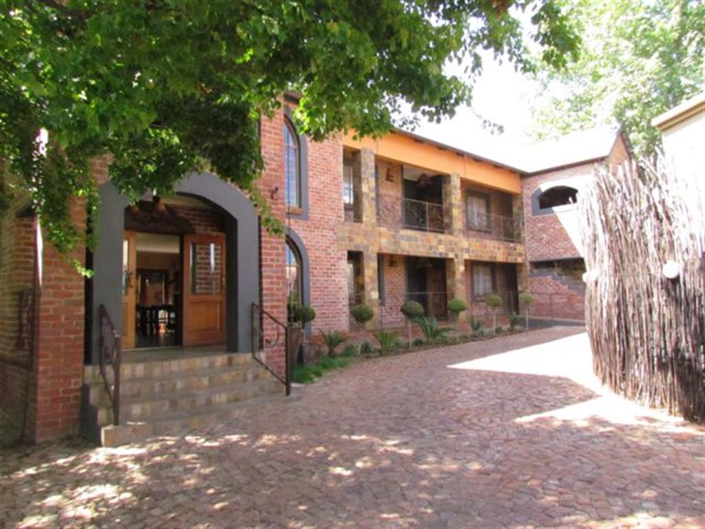 Centurion, Clubview Property  | Houses For Sale Clubview, Clubview, Commercial 10 bedrooms property for sale Price:4,900,000