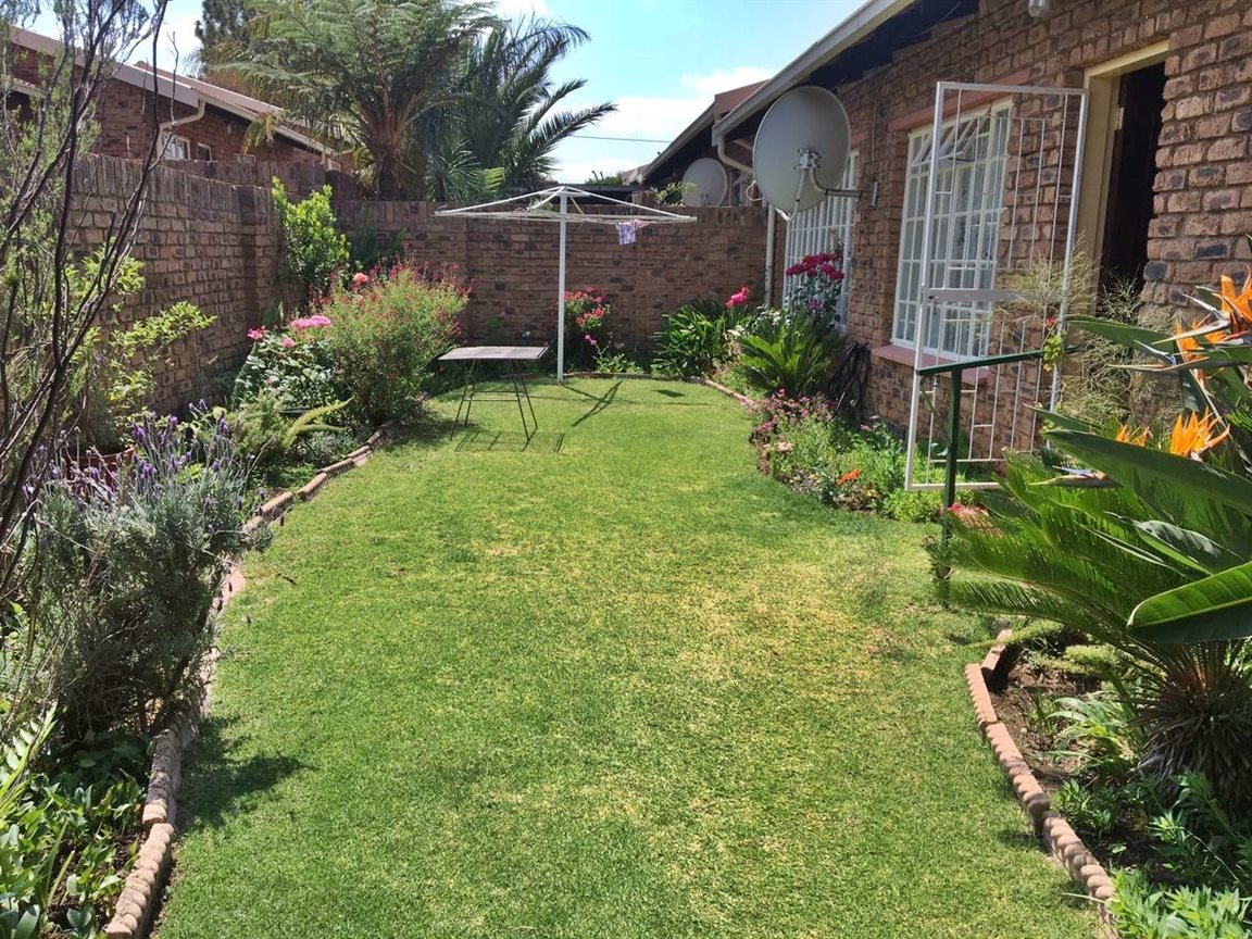 Krugersdorp North property for sale. Ref No: 13402342. Picture no 3