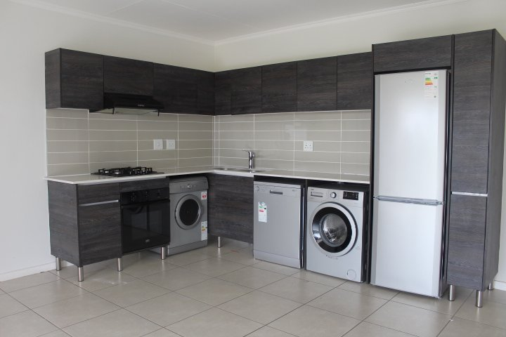 Rivonia property to rent. Ref No: 13585242. Picture no 6