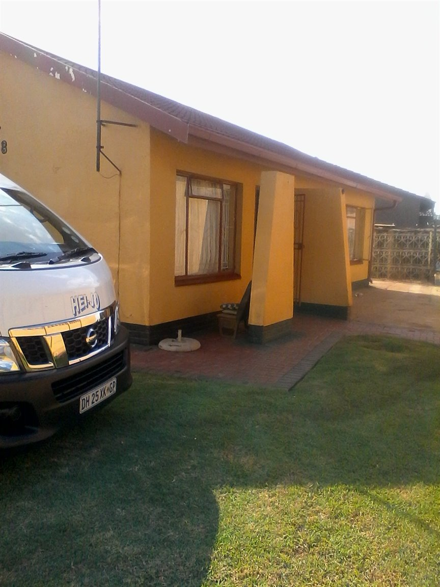 Sebokeng, Sebokeng Zone 10 Property  | Houses For Sale Sebokeng Zone 10, Sebokeng Zone 10, House 3 bedrooms property for sale Price:645,000