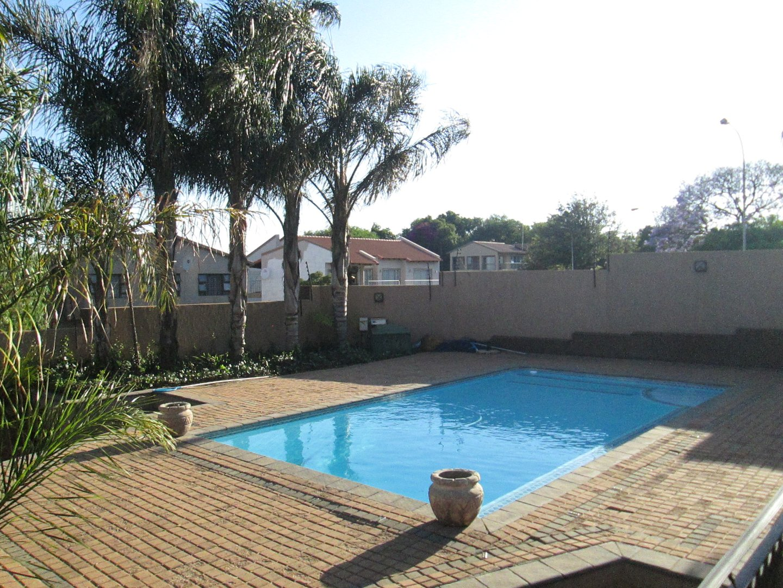 Glenvista property to rent. Ref No: 13552423. Picture no 25