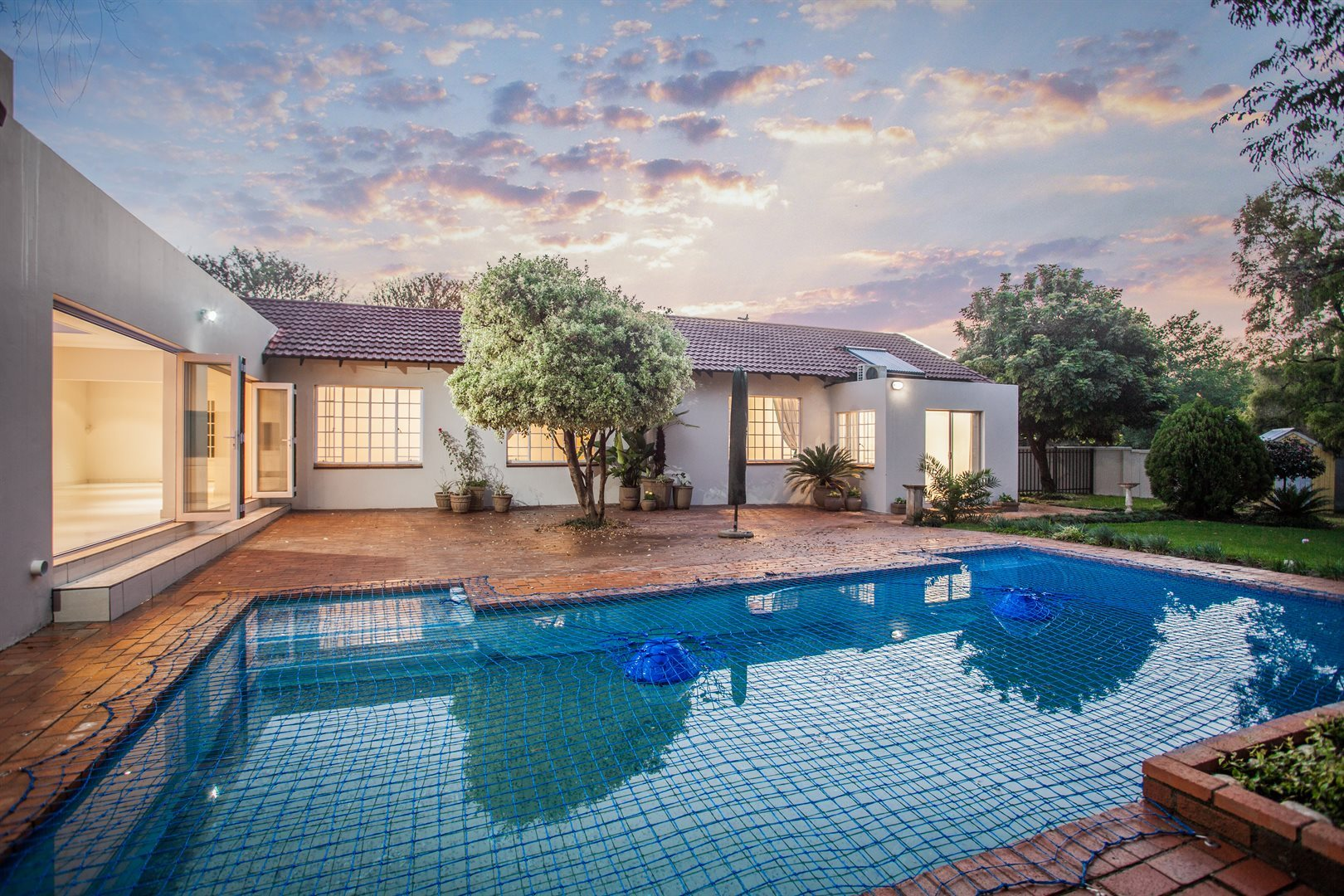 Fourways property for sale. Ref No: 13541531. Picture no 1