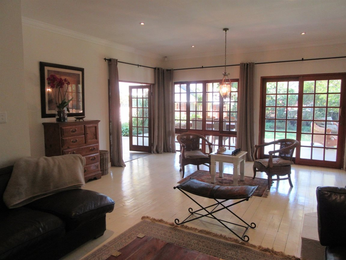 Sandton, Hurlingham Property  | Houses For Sale Hurlingham, Hurlingham, House 5 bedrooms property for sale Price:6,500,000