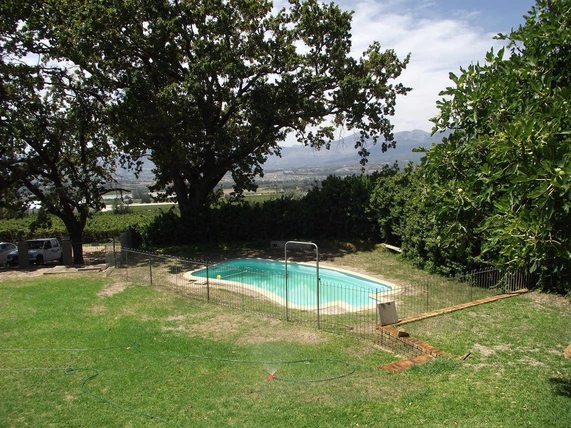 Paarl Central property for sale. Ref No: 13305317. Picture no 11