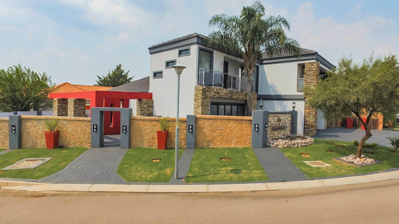 Centurion, Thatchfield Estate Property  | Houses For Sale Thatchfield Estate, Thatchfield Estate, House 4 bedrooms property for sale Price:2,650,000