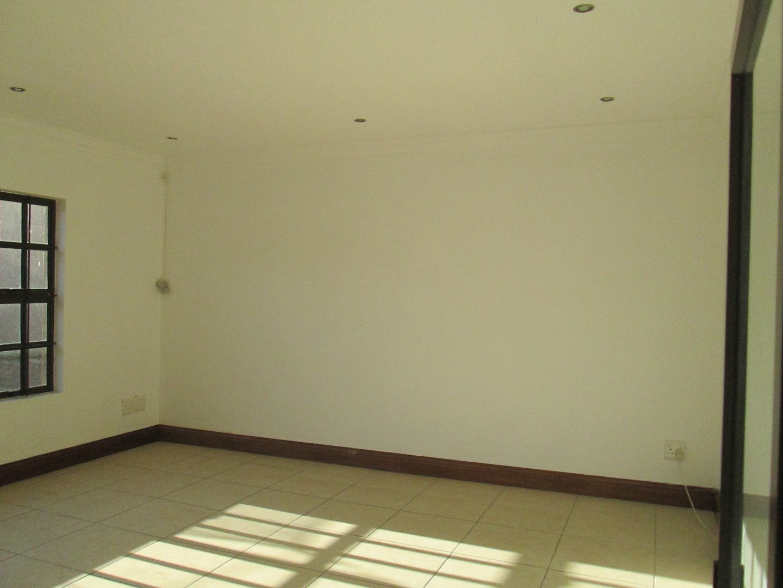 Glenvista property to rent. Ref No: 13552423. Picture no 20
