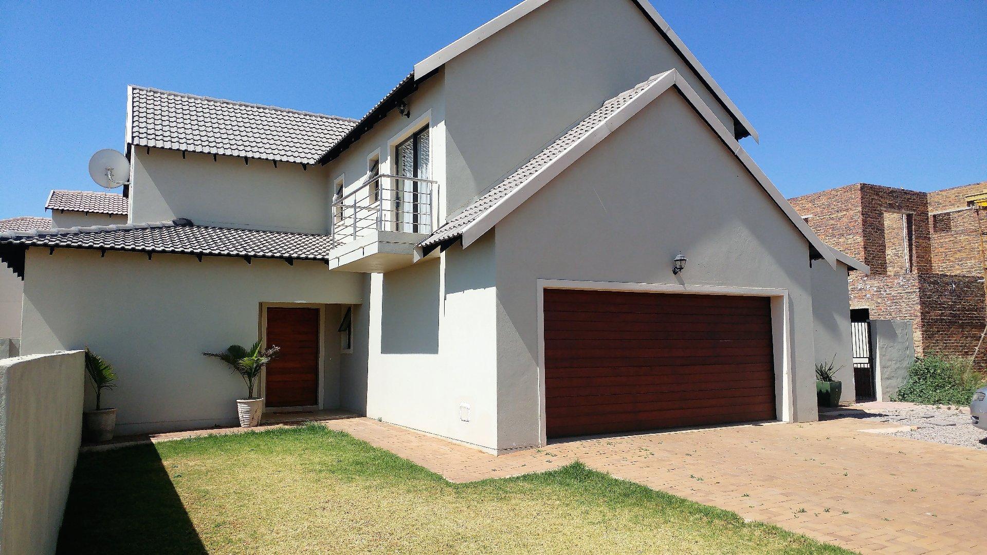 Centurion, Irene Property    Houses To Rent Irene, Irene, House 3 bedrooms property to rent Price:, 17,95*