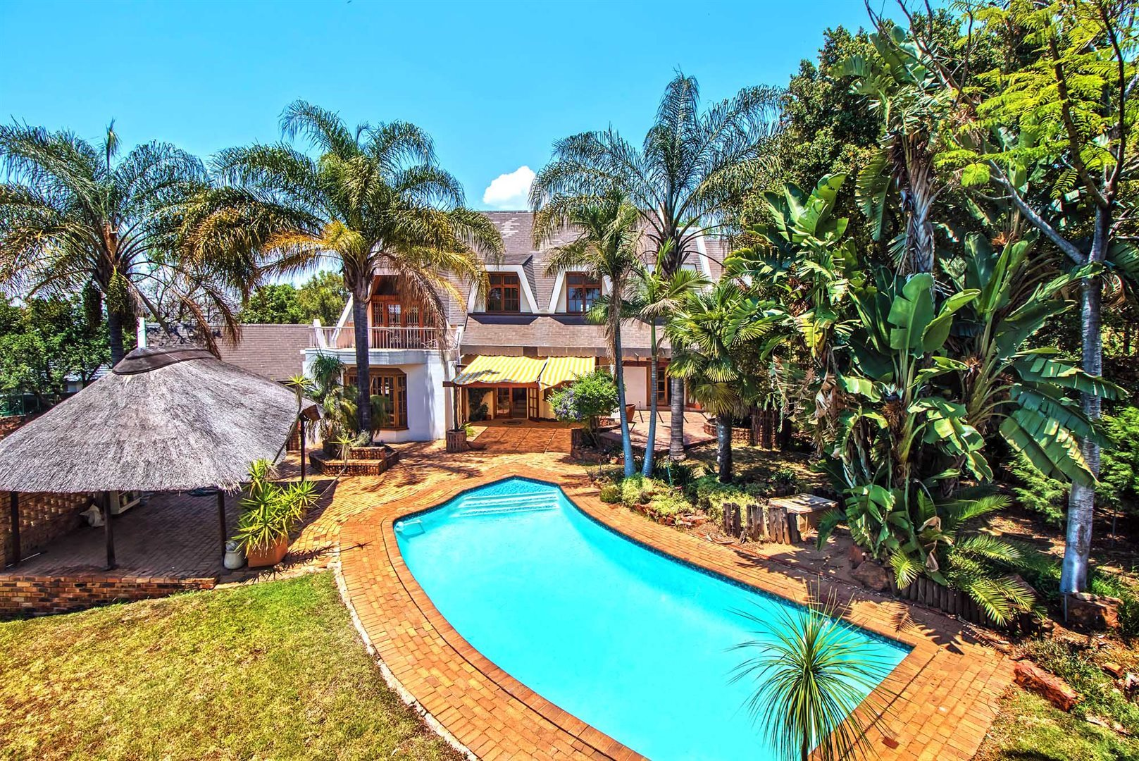 Waterkloof Ridge property for sale. Ref No: 13553029. Picture no 2
