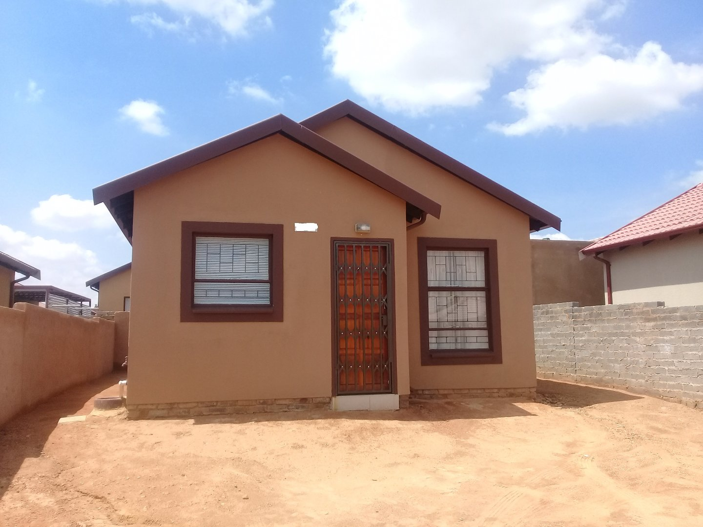 Soshanguve East property for sale. Ref No: 13589776. Picture no 12