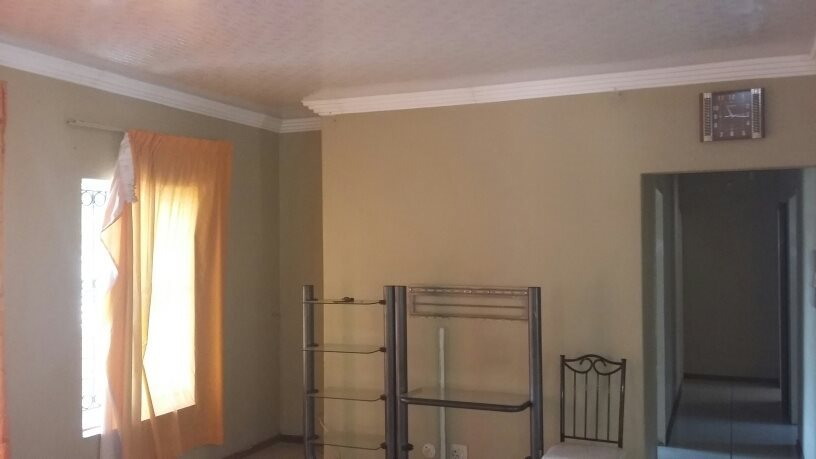 Theresapark property for sale. Ref No: 13564457. Picture no 8