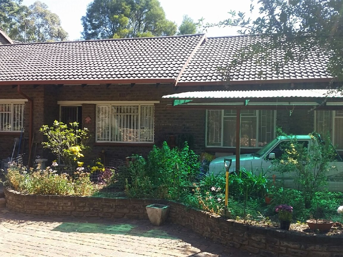 Midvaal, Henley On Klip Property  | Houses For Sale Henley On Klip, Henley On Klip, House  property for sale Price:1,600,000