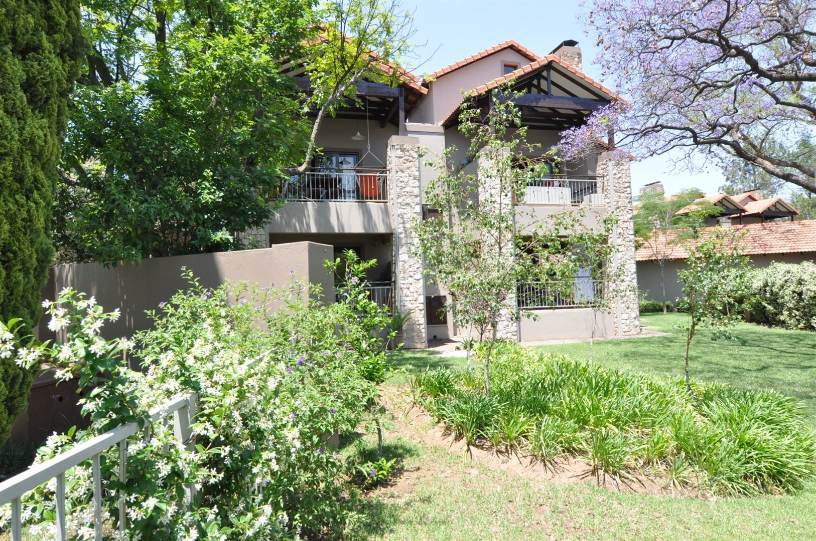 Sandton, Beverley Property  | Houses To Rent Beverley, Beverley, Townhouse 2 bedrooms property to rent Price:, 12,00*