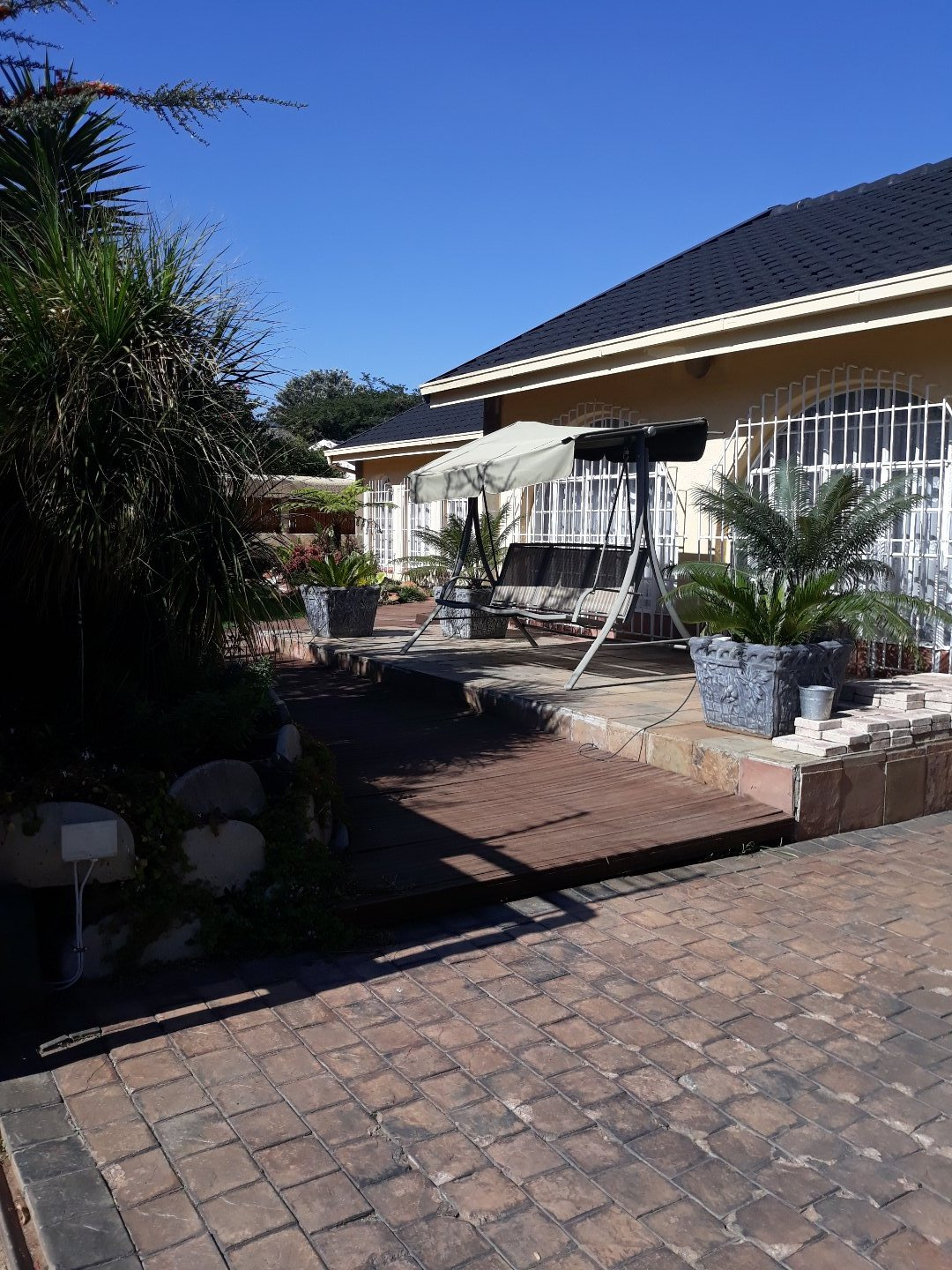 Property and Houses for sale in Verwoerdpark, House, 3 Bedrooms - ZAR 2,000,000