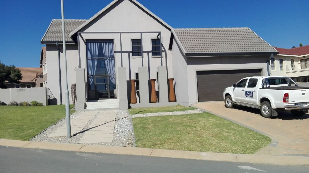 Property and Houses for sale in Brooklands Lifestyle Estate, House, 4 Bedrooms - ZAR 3,149,000