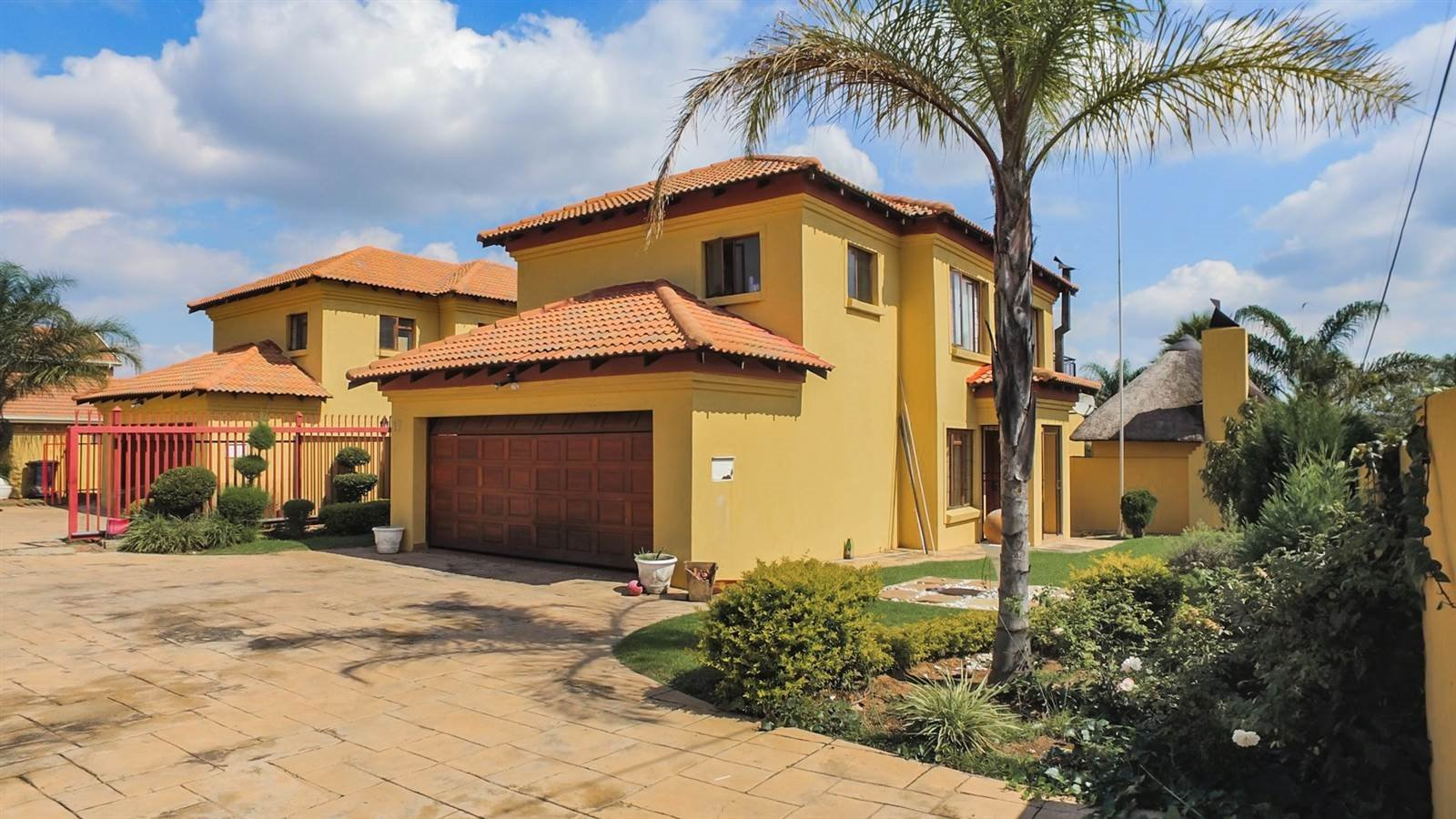 Centurion, Thatchfield Estate Property  | Houses For Sale Thatchfield Estate, Thatchfield Estate, House 3 bedrooms property for sale Price:1,890,000