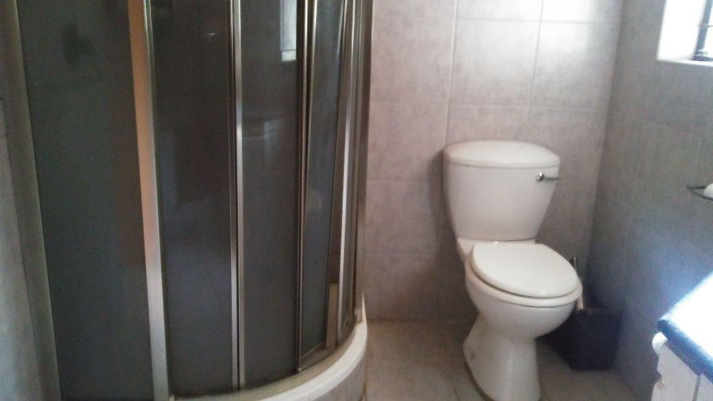 Rant En Dal property for sale. Ref No: 13647329. Picture no 26
