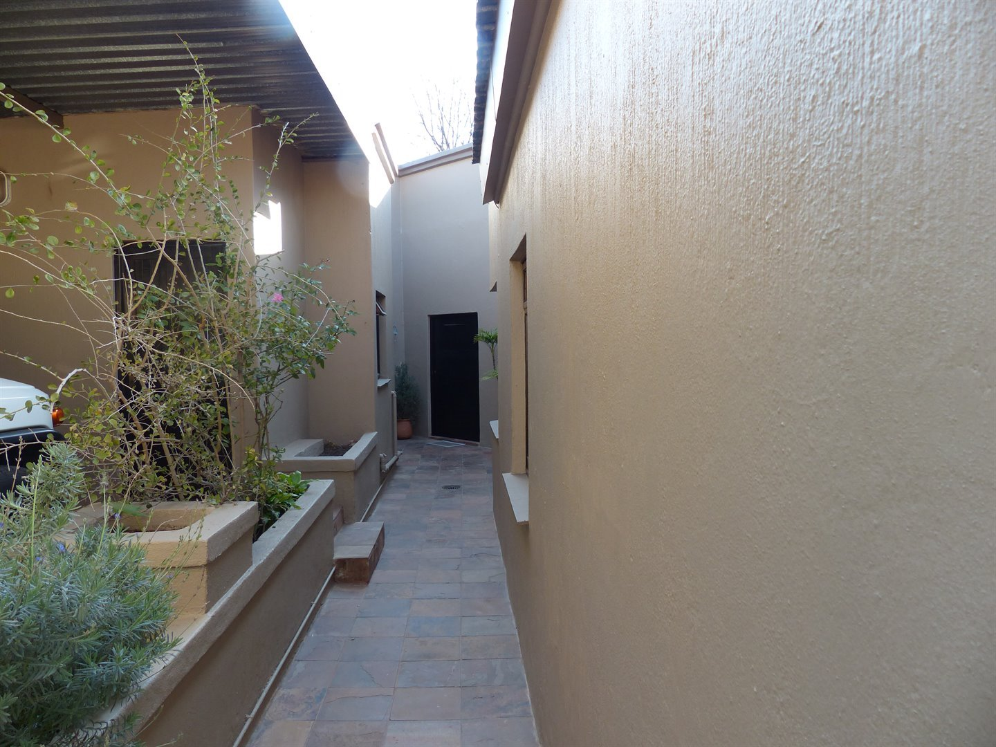 Lonehill property for sale. Ref No: 13510828. Picture no 7