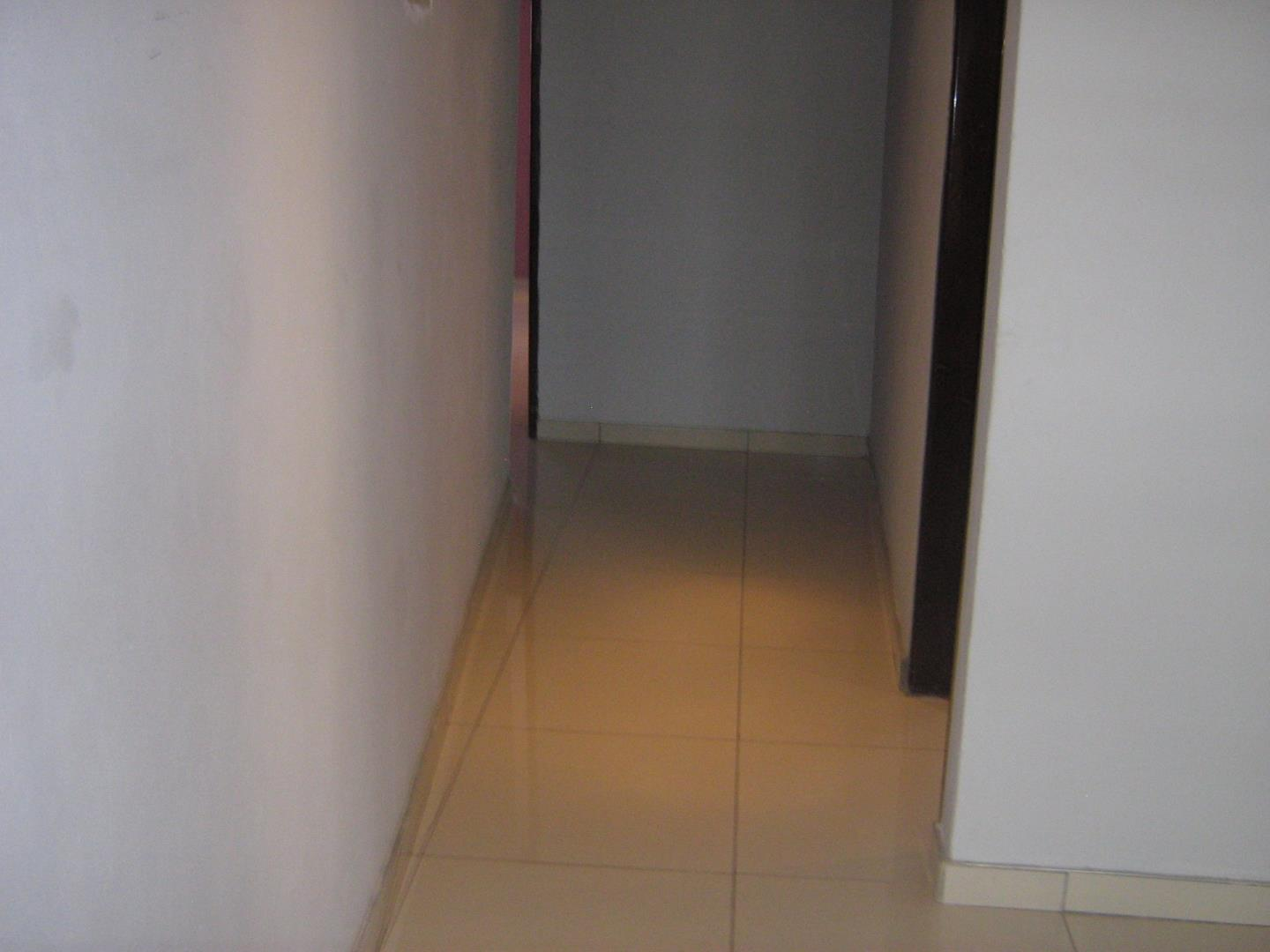 Mondeor property for sale. Ref No: 13525983. Picture no 18