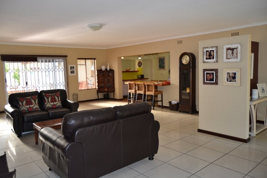 Ceres property for sale. Ref No: 13503997. Picture no 2
