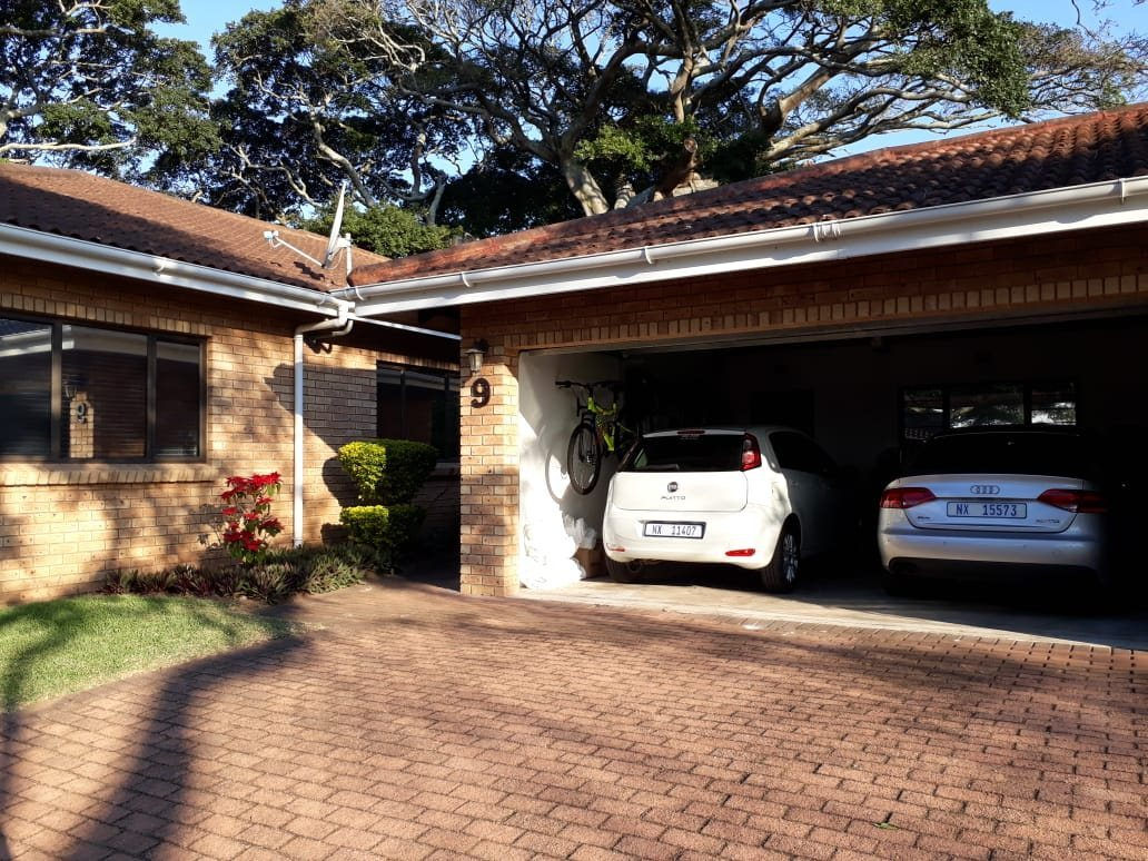 Property and Houses to rent in Scottburgh Central, Townhouse, 3 Bedrooms - ZAR , 12,00*,M